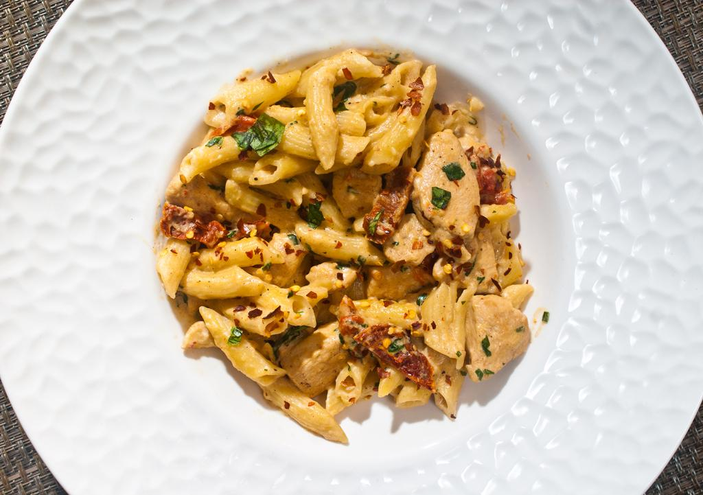 Cheesy Penne and Chicken with Sun Dried Tomatoes