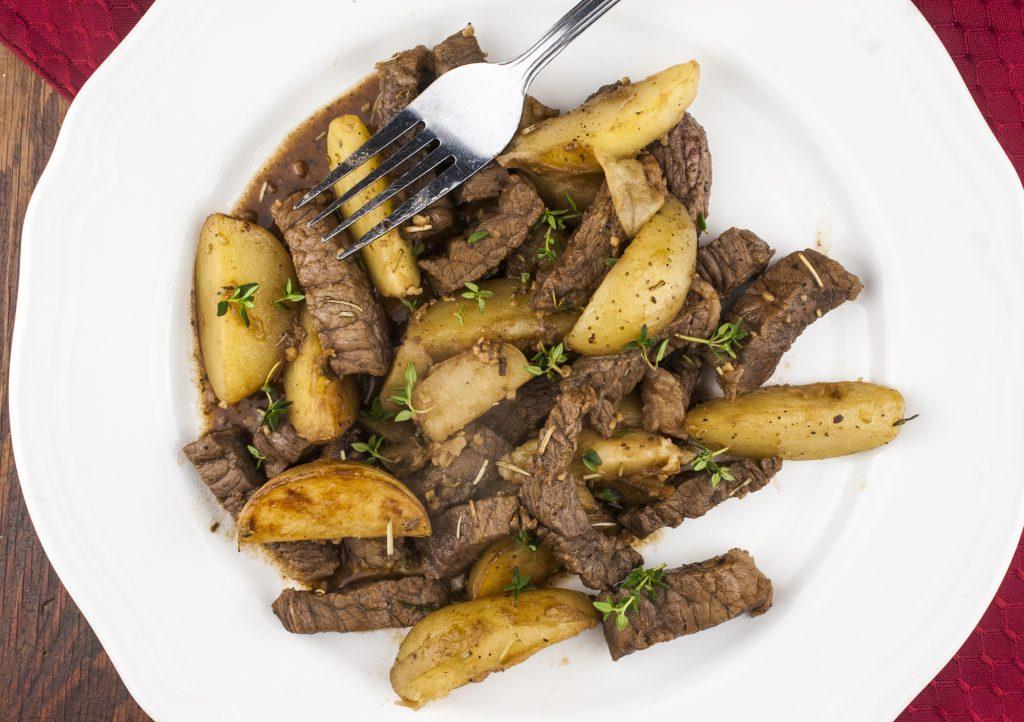 One* Pot Steak And Potatoes