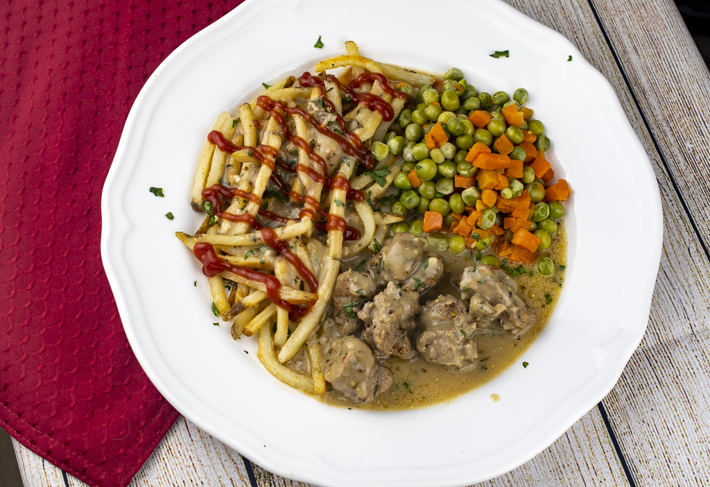 Easy Sausages And Gravy